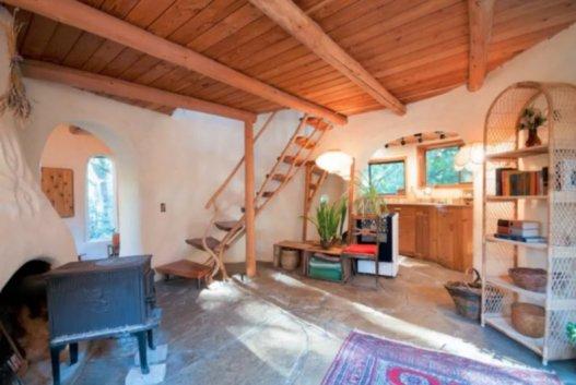 cob cottage mayne island 4