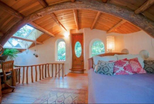 cob cottage mayne island 5
