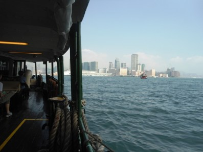 angela-asia-cross-hong-kong-island-to-kowloon-star-ferry-02