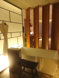 angela-carson-asia-luxury-travel-blog-w-hotel-taipei-room-review-3