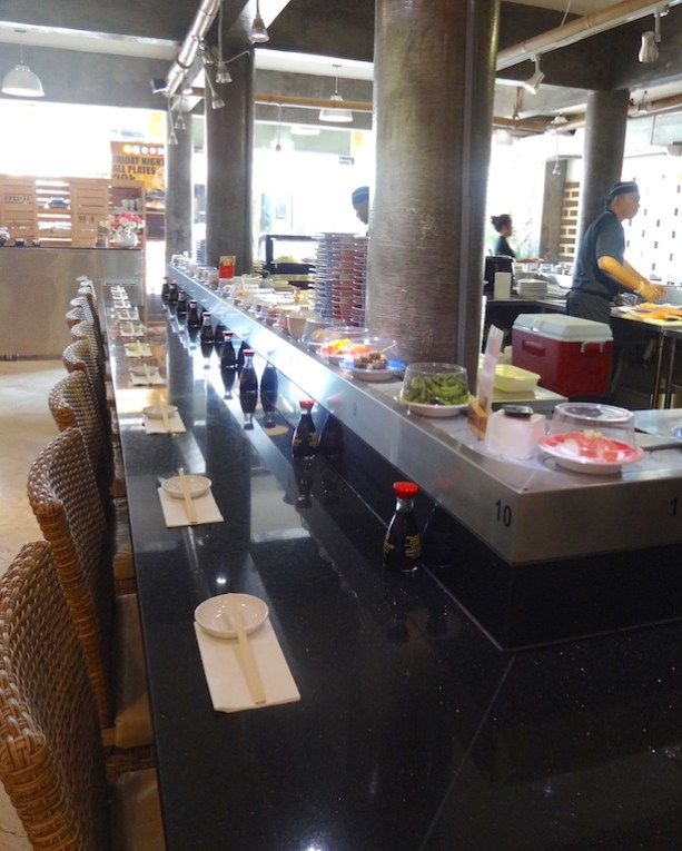 angela-asia-bali-luxury-travel-blog-best-sushi-train-in-seminyak-sushimi-13