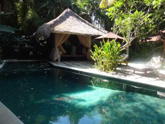 angela-asia-bali-luxury-travel-blog-best-bali-honeymoon-package-villa-mathis-romantic-seminyak-35