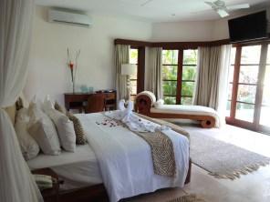 angela-asia-bali-luxury-travel-blog-best-bali-seminyak-lata-liana-villa-close-to-beach-56