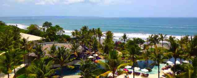 angelas-asia-luxury-travel-blog-best-w-hotel-resort-seminyak-bali-ocean-beach-front-5-star-0