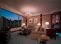 angelas-asia-luxury-travel-blog-island-shangri-la-hong-kong-best-5-star-hotel-23
