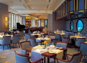 angelas-asia-luxury-travel-blog-island-shangri-la-hong-kong-best-5-star-hotel-32