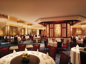 angelas-asia-luxury-travel-blog-island-shangri-la-hong-kong-best-5-star-hotel-37