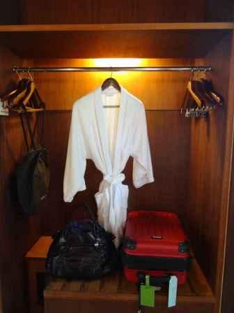 best-5-star-hotel-villa-ubud-alila-bali-luxury-bucket-list-blog-angela-carson-16