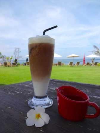 best-hotel-canggu-tugu-bali-luxury-bucket-list-blog-angela-carson-81