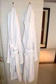 best-5-star-hotel-sheraton-kuta-beach-luxury-oceanfront-suites-video-review-12