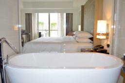 best-5-star-hotel-sheraton-kuta-beach-luxury-oceanfront-suites-video-review-14