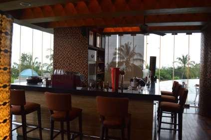 best-5-star-hotel-sheraton-kuta-beach-luxury-oceanfront-suites-video-review-19