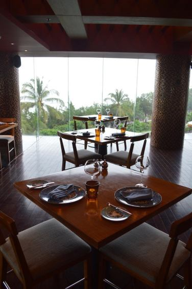 best-5-star-hotel-sheraton-kuta-beach-luxury-oceanfront-suites-video-review-20