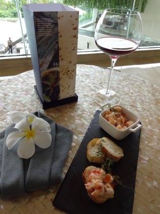 best-5-star-hotel-sheraton-kuta-beach-luxury-oceanfront-suites-video-review-62