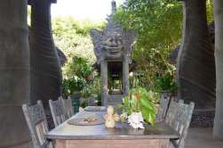 tugu-lombok-best-5-star-villa-beach-service-luxury-travel-blogger-angela-carson-19