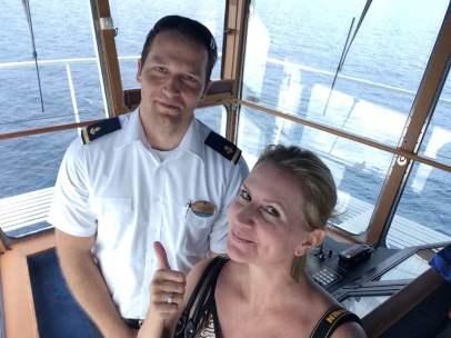 Mariner-of-the-seas-royal-caribbean-4-night-e2-balcony-cabin-stateroom-8210-ship-video-tour-singapore-phuket-luxury-bucket-list-50