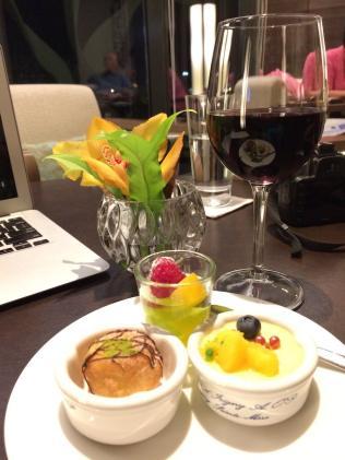 best-hotel-near-singapore-airport-crowne-plaza-changi-asia-luxury-travel-blogger-angela-carson-22