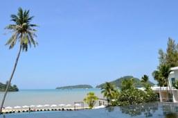 crowne-plaza-phuket-panwa-beach-video-tour-review-expat-angela-asia-luxury-travel-vlogger-15