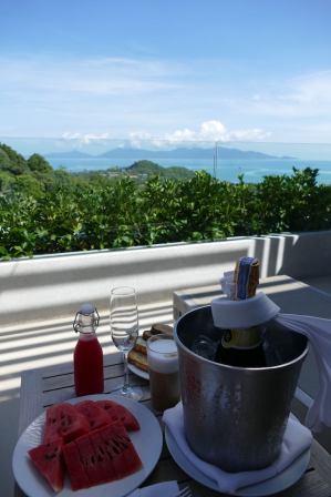 Koh Samui One Week Guide Luxury Solo Honeymoon Travel by Expat Angela-4