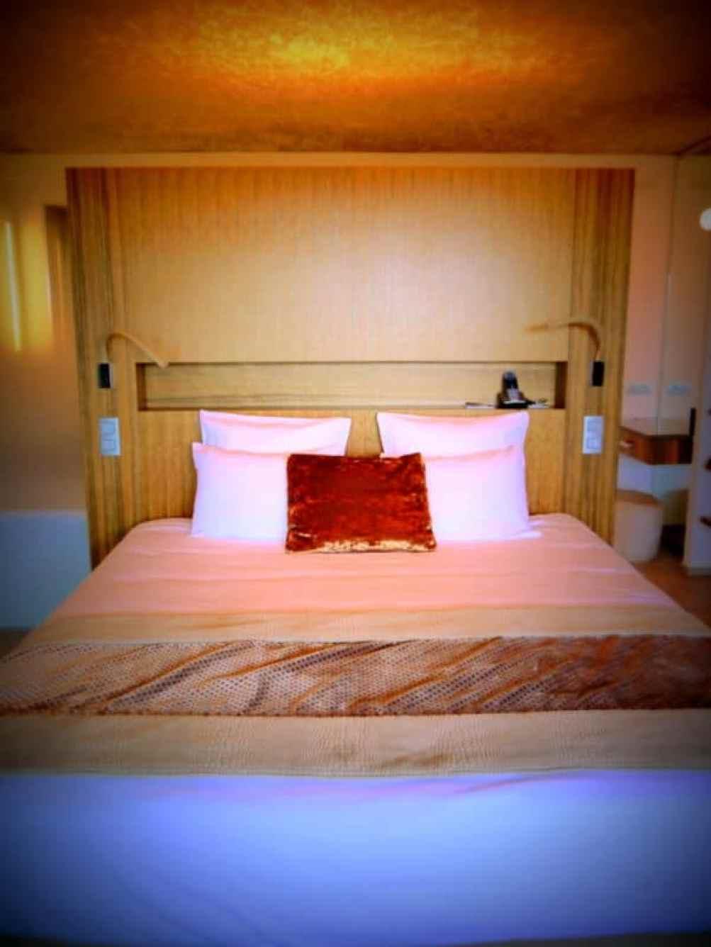 Cap d'Antibes Beach Hotel room