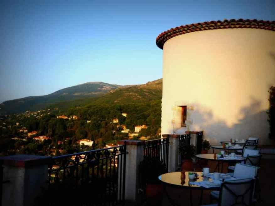 Chateau Saint Martin turret - www.luxurycolumnist.com