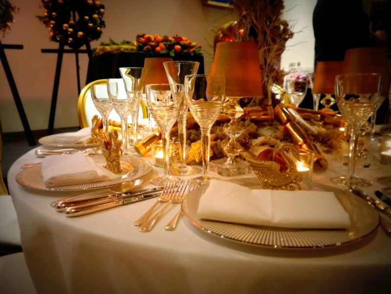 Stylish Festive Entertaining – Top 10 Tips