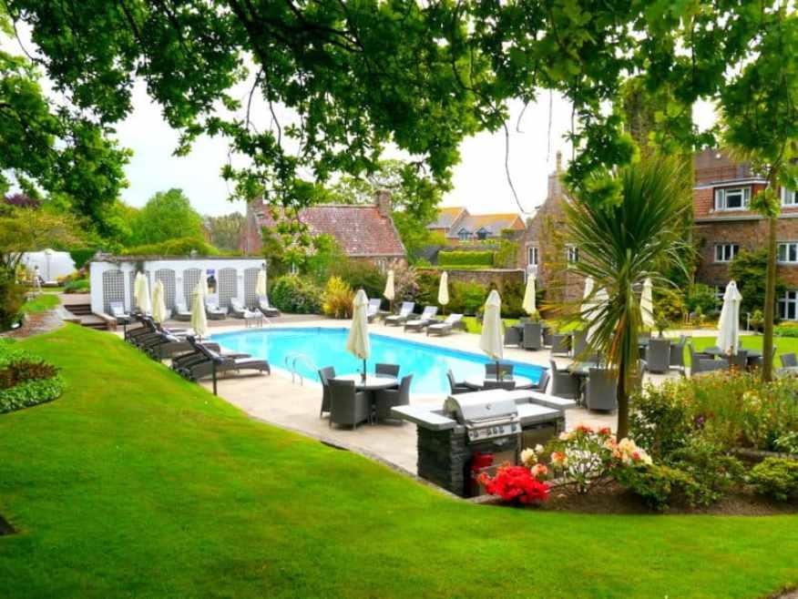 Longueville Manor swimming pool