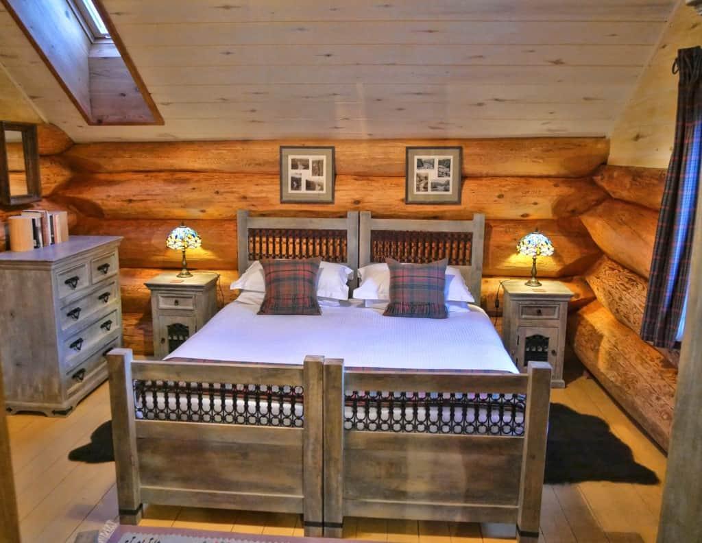 Eagle Brae master bedroom