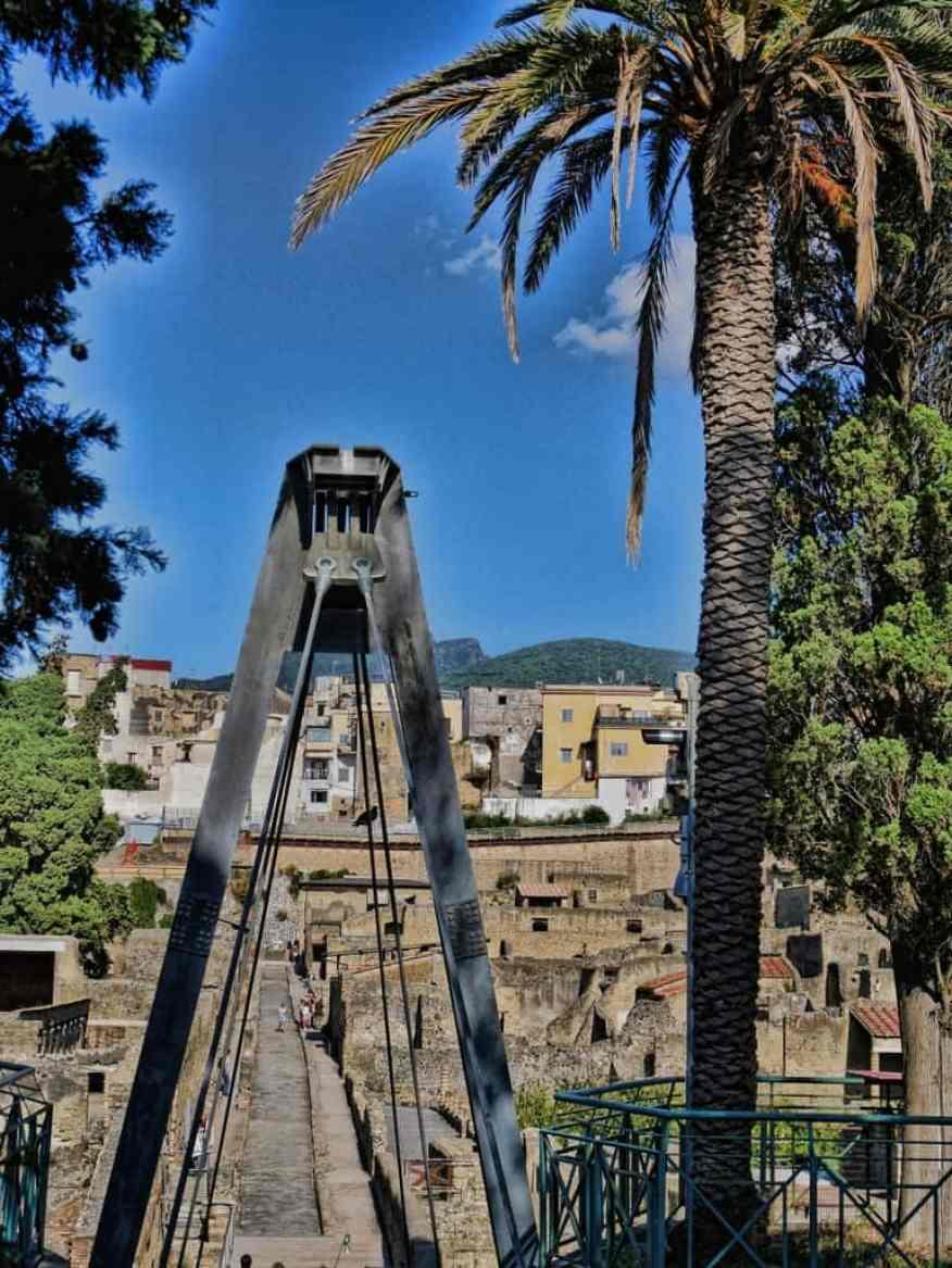 Herculaneum bridge