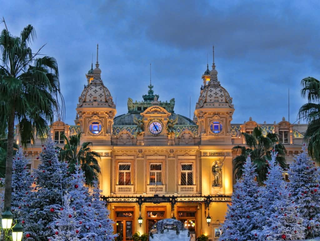 Montecarlo casino by night