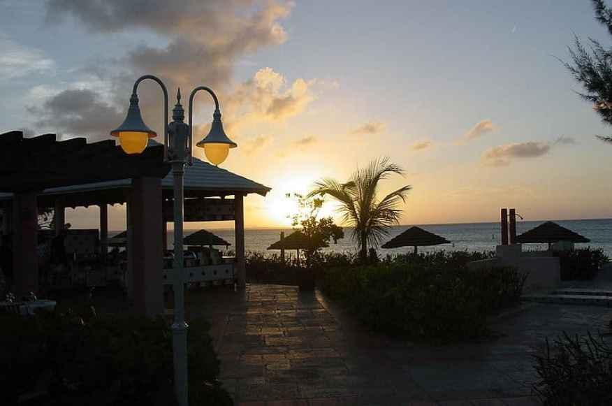 800px-Beaches_Turks_and_Caicos_1