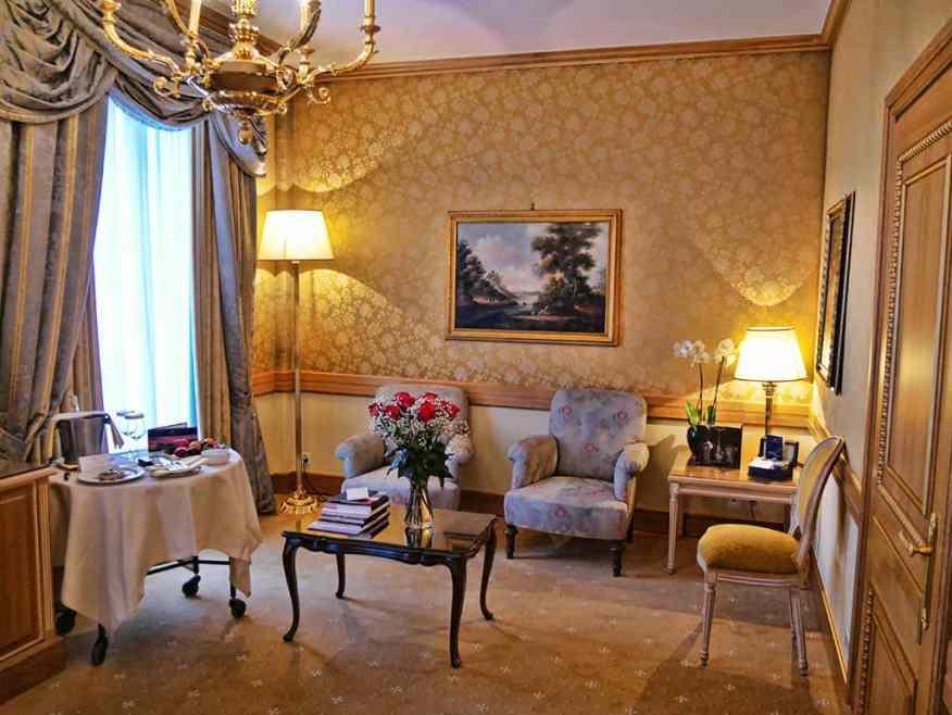 hotel-splendide-royal-room