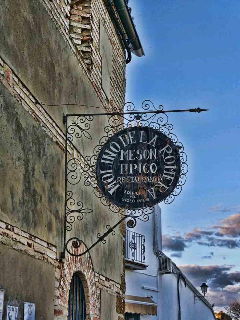 restaurants in Carmona