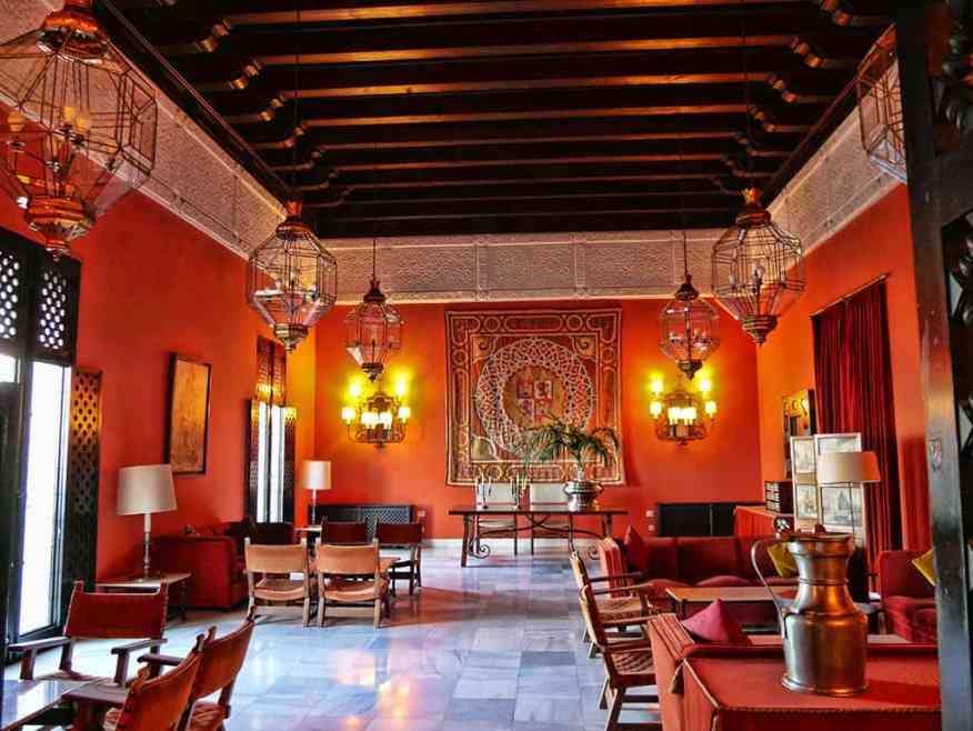 Parador_Carmona_lounge