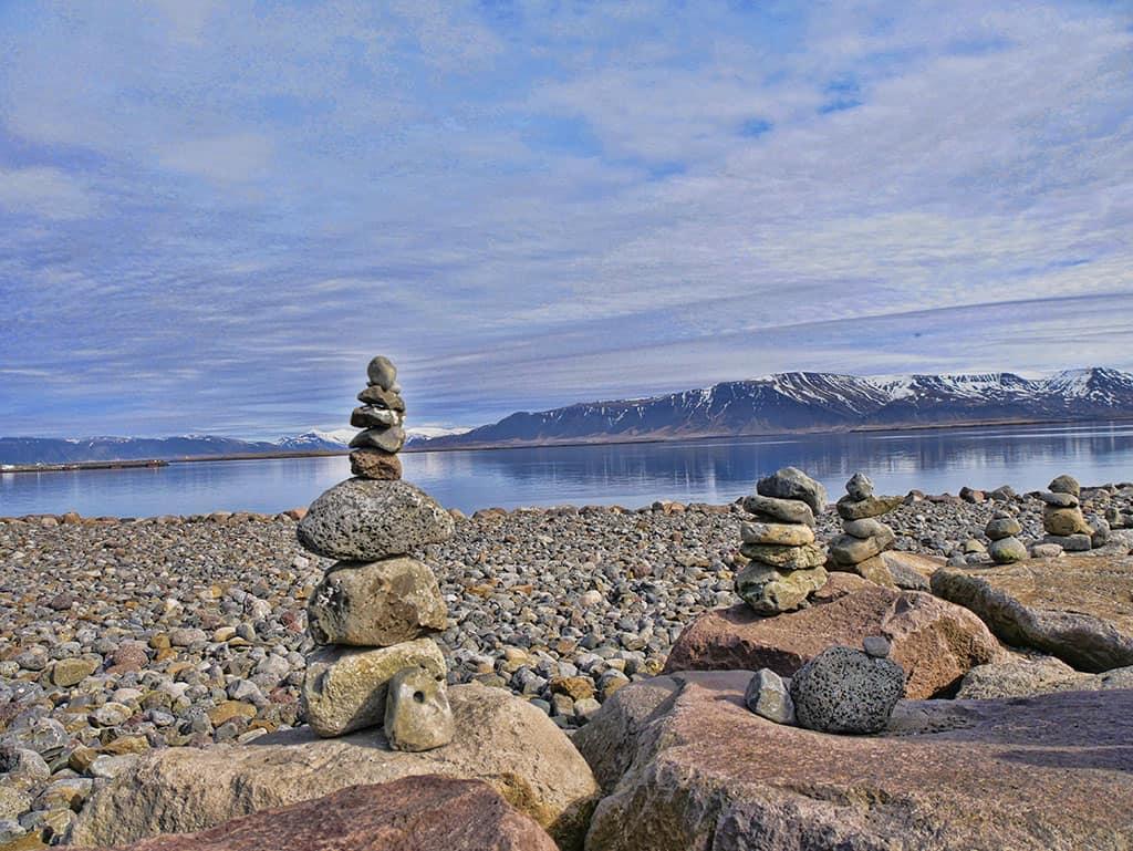 reykjavik-lake-view