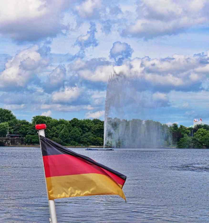 hamburg-water-spout