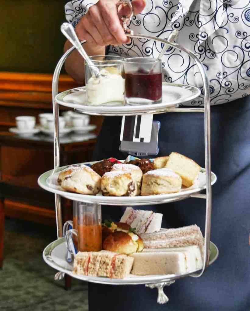 merrion-art-tea-tasting