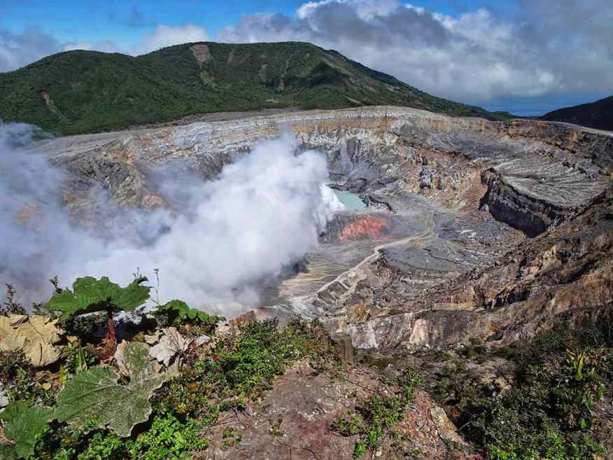 Costa-Rica-volcano