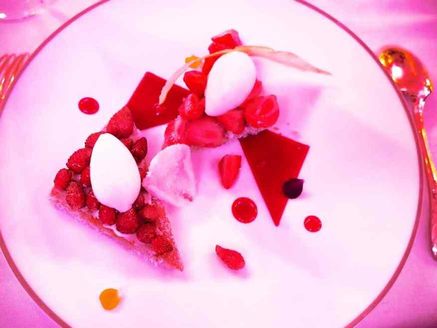 rare_rose_piper_heidsieck_dessert