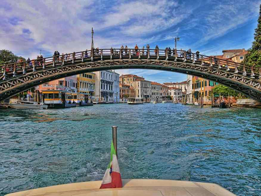 venice_water_taxi