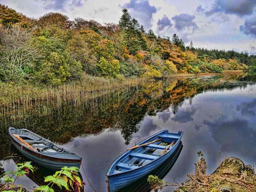Ballynahinch-Castle-boat