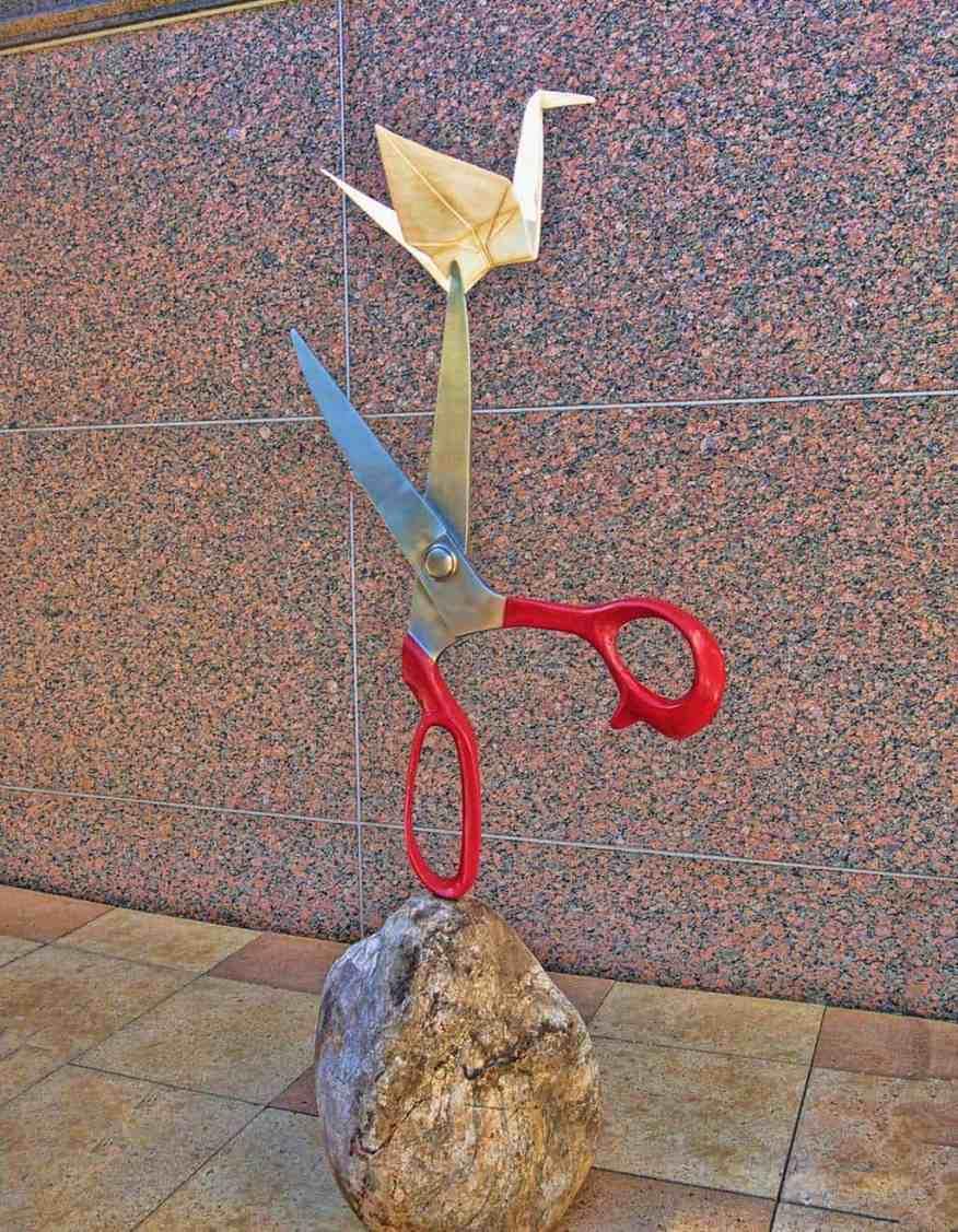 rock_scissors_paper_sculpture