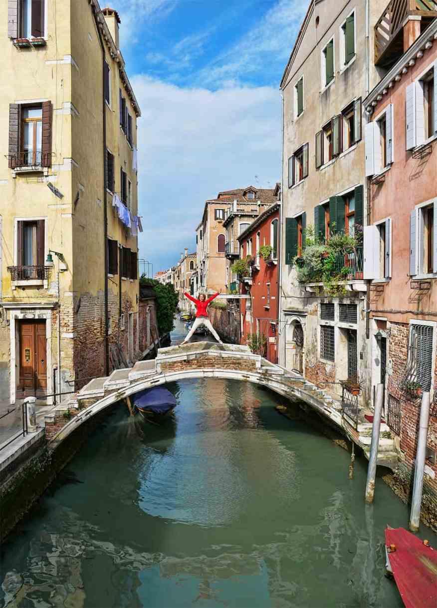 The bridge with no parapet in Venice, Italy