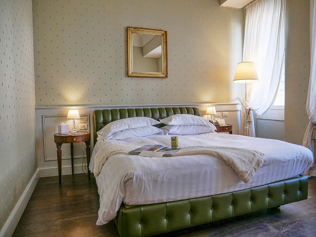 Palazzo Victoria bedroom