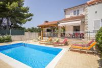 Villa with a pool for rent, Solta island LuxuryCroatia.net