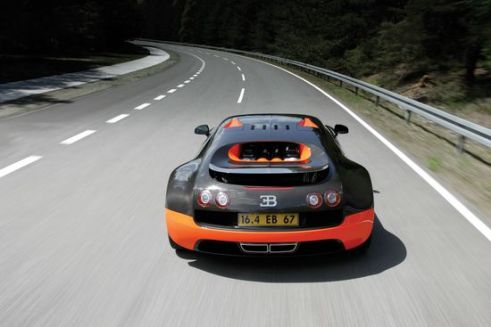 bugatti-veyron-super-sports-2