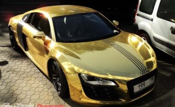 gold-plated-audi-r8-2