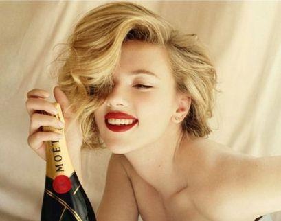 Scarlett-Johansson-Moet3