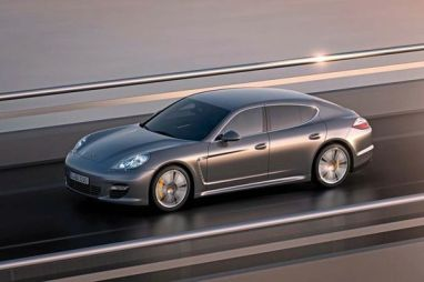 Porsche-Panamera-Turbo-S2