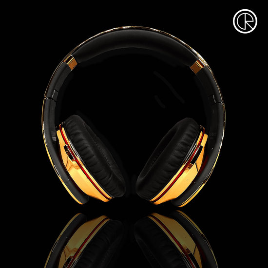 CrystalRocked_Gold-plated-Dr-Dre-Beats-1